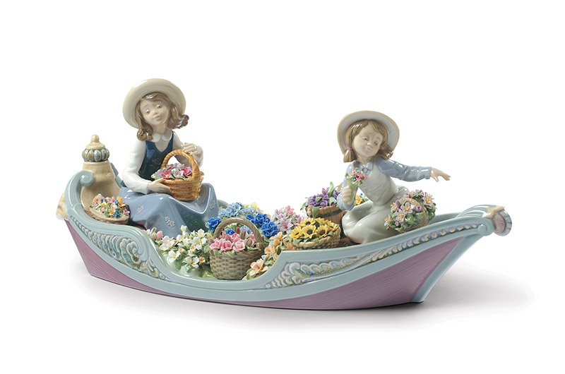 Flower forever girl by Lladro Thailand