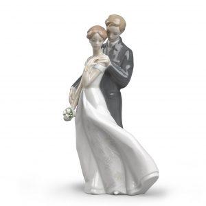 Everlasting Love Couple Figurine